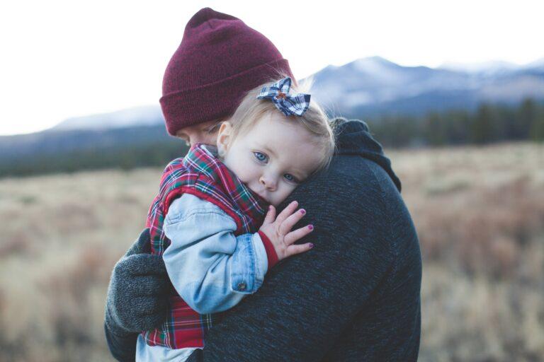 Πατρότητα: 6+1 πρακτικές συμβουλές αν είσαι νέος μπαμπάς